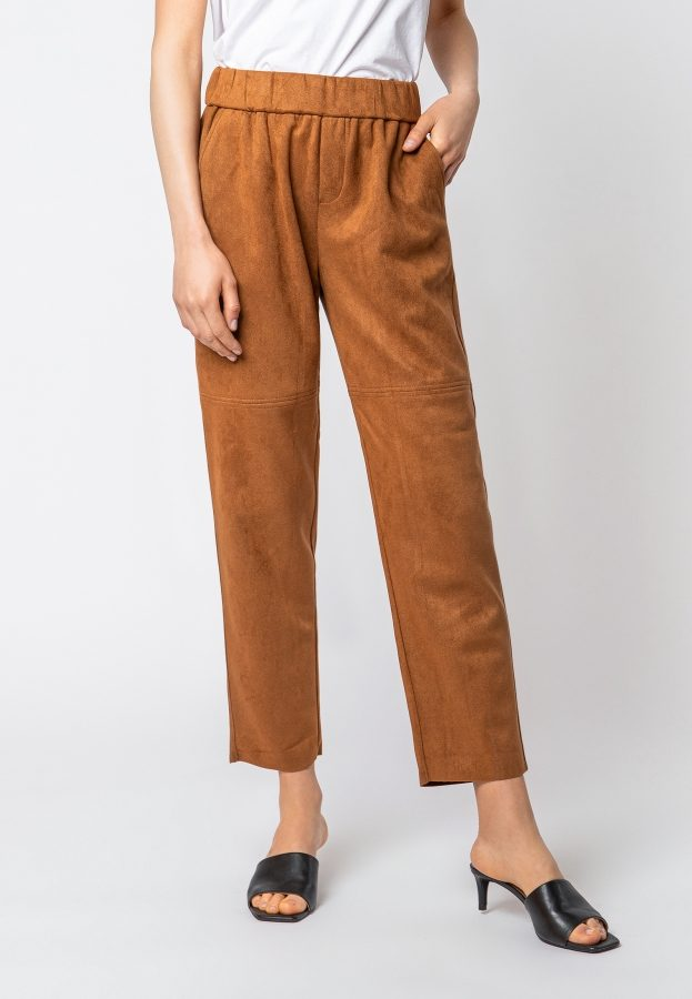 Slouchy Pants in Velourslederoptik